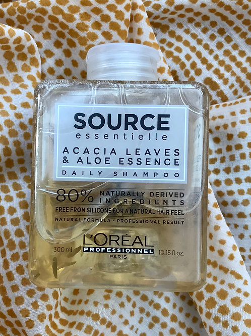 SOURCE Acacia Leaves & Aloe Shampoo