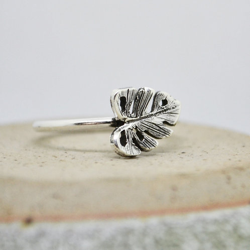 Silver Monstera Leaf Ring