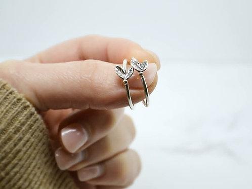 Mini Leaf and Berries Ring