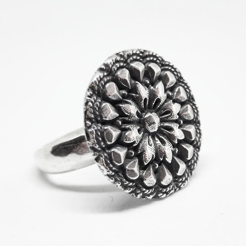 Silver Vintage Flower Button Ring