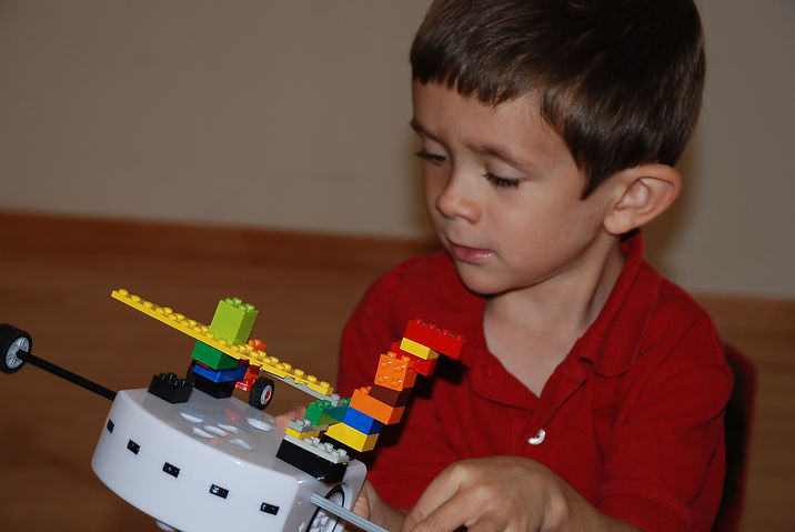 Engineering Concepts using LEGO with Thymio