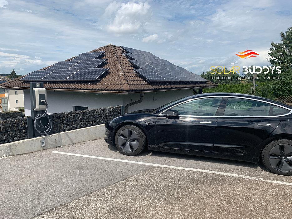Wallbox+Tesla.JPG