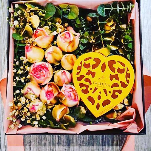 GRANDE FLOWER BOX