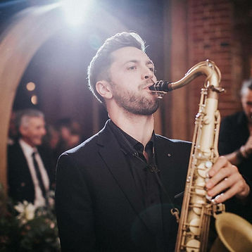 Global Acts - Live saxophonist