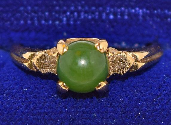 10K Gold and Green Jade Ring