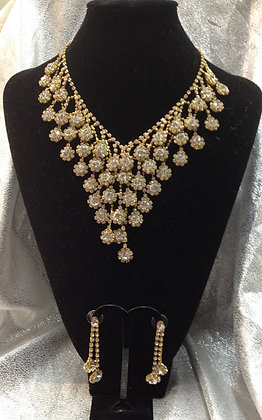 Rhinestone Teardrop Necklace Set