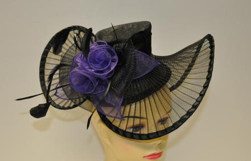 16c2a444e3debb This fancy black base with purple floral design hat style fascinator is new.