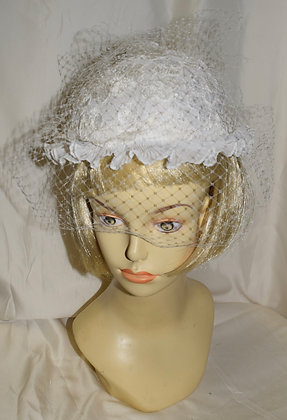 Vintage White Floral Fancy Summer Hat with Birdcage