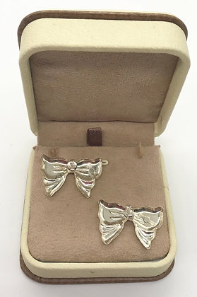 Vintage Bow Style Silver Earrings