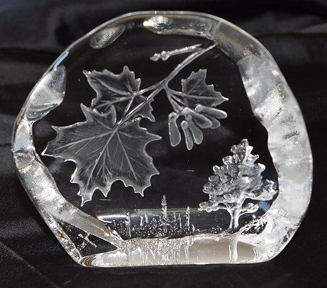 Dartington Crystal Paperweight Capredoni Maple Leafs & Tree