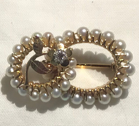 Antique 14K Yellow Gold with Cultured Pearls and Diamond Brooch Pin