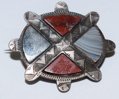 Vintage Celtic Silver Brooch Pin with Aget Gemstones