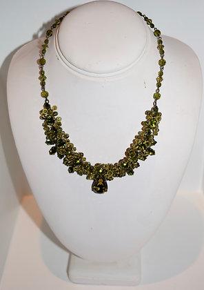 Creations Georgianni Handmade Swarovski Floral Design with Drop Necklace Green