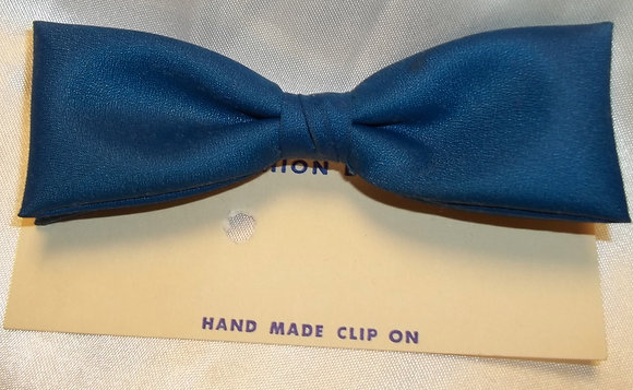 Vintage Hand Made Clip Bow Tie Blue Teal