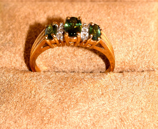 Antique 10k Gold with Green Garnets Ring