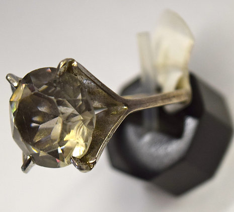 Vintage Clear Quartz Sterling Silver Ring 8