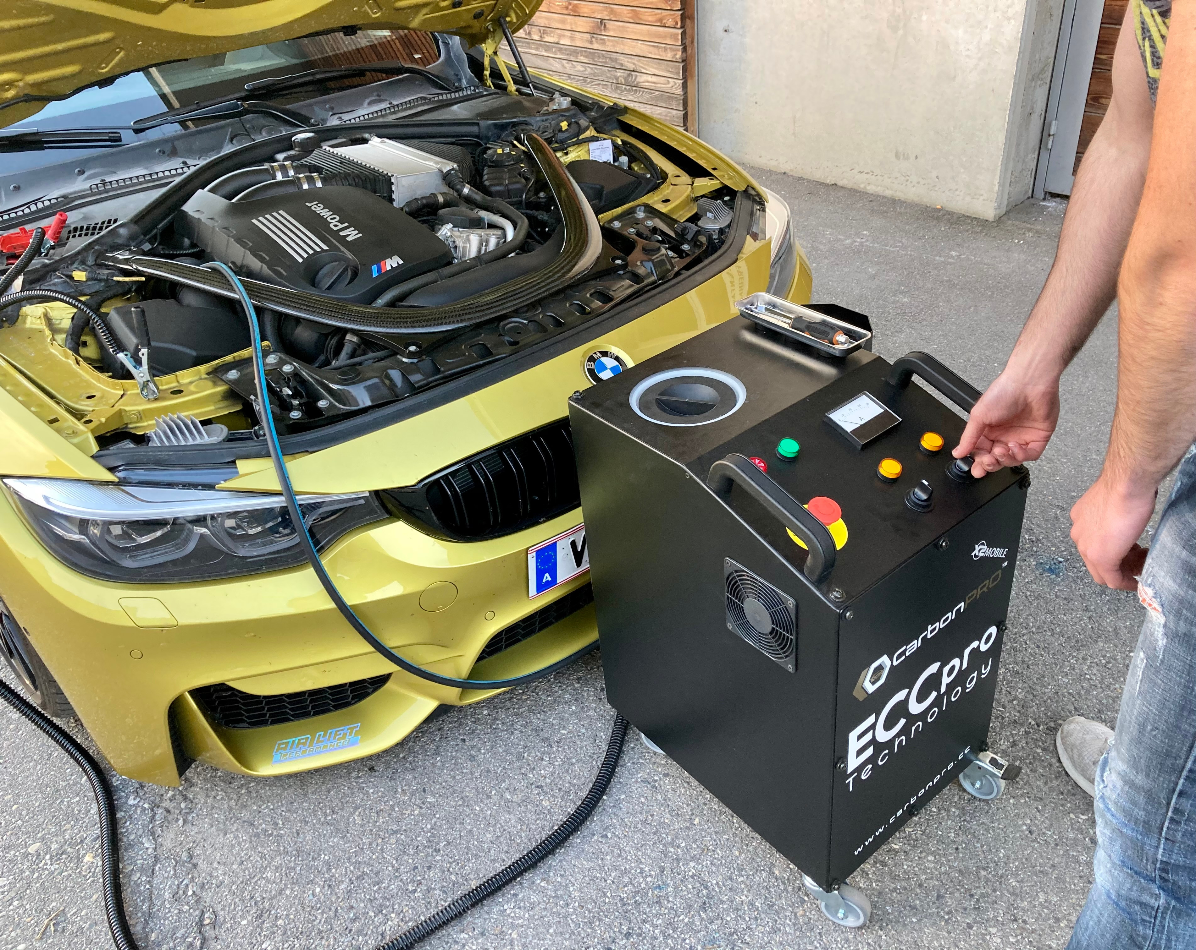 Carbon-Cleaning