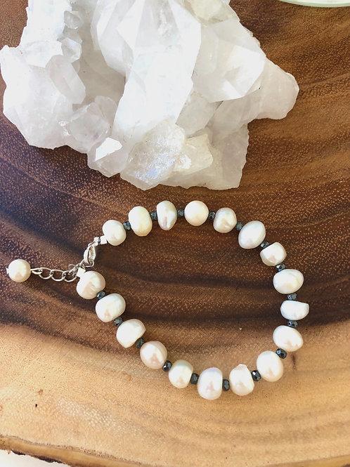 Freshwater Pearl & Hematite Bracelet