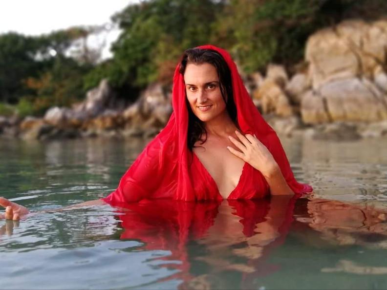 An Interview With A Tantric Sex Coach: Shashi Solluna