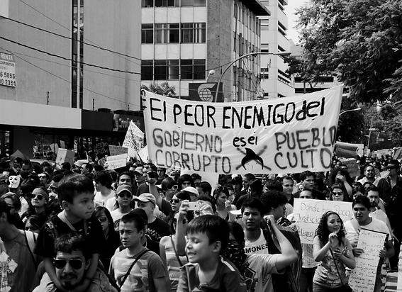 _El peor enemigo del pueblo_ by gabriels