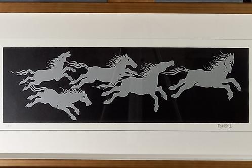Fang- Cavalos Prateados - Parcele em até 10 x no Cartão