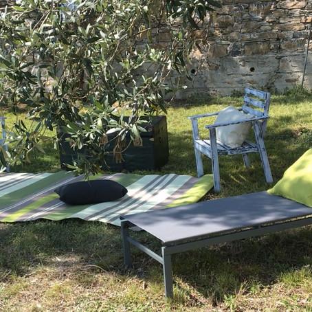 VIDEO // creazione di una zona relax in giardino