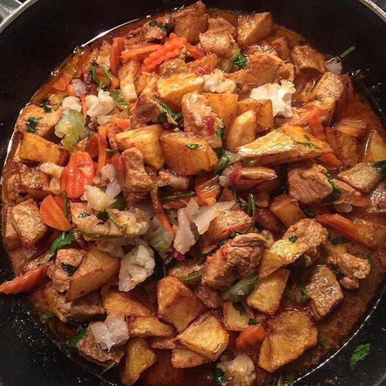 Carne de Porco à Portuguesa ❦ Portuguese Style Pork