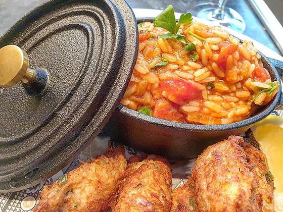 Portuguese Tomato Rice ❦ Arroz de Tomate Malandrinho