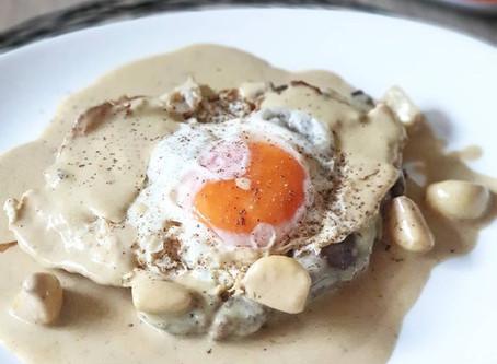 Bife à Cervejeira com Ovo a Cavalo ❦ Brewery Style Steak with Egg on Horseback