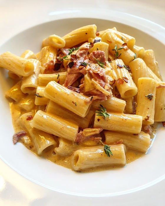 Creamy Maple and Balsamic Gammon Pasta with Cheese and Thyme