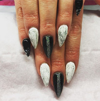 #acrylicnails #youngnails #youngnailsuk