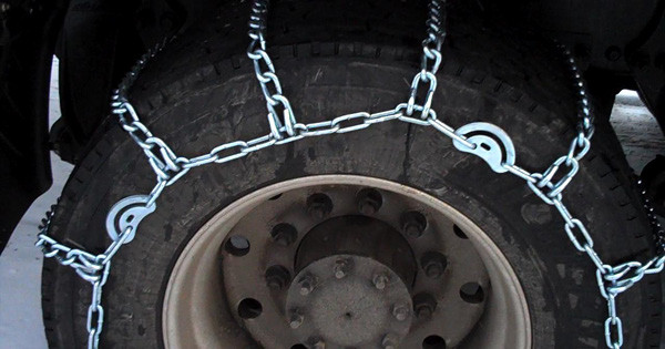 Trucking Chain Laws