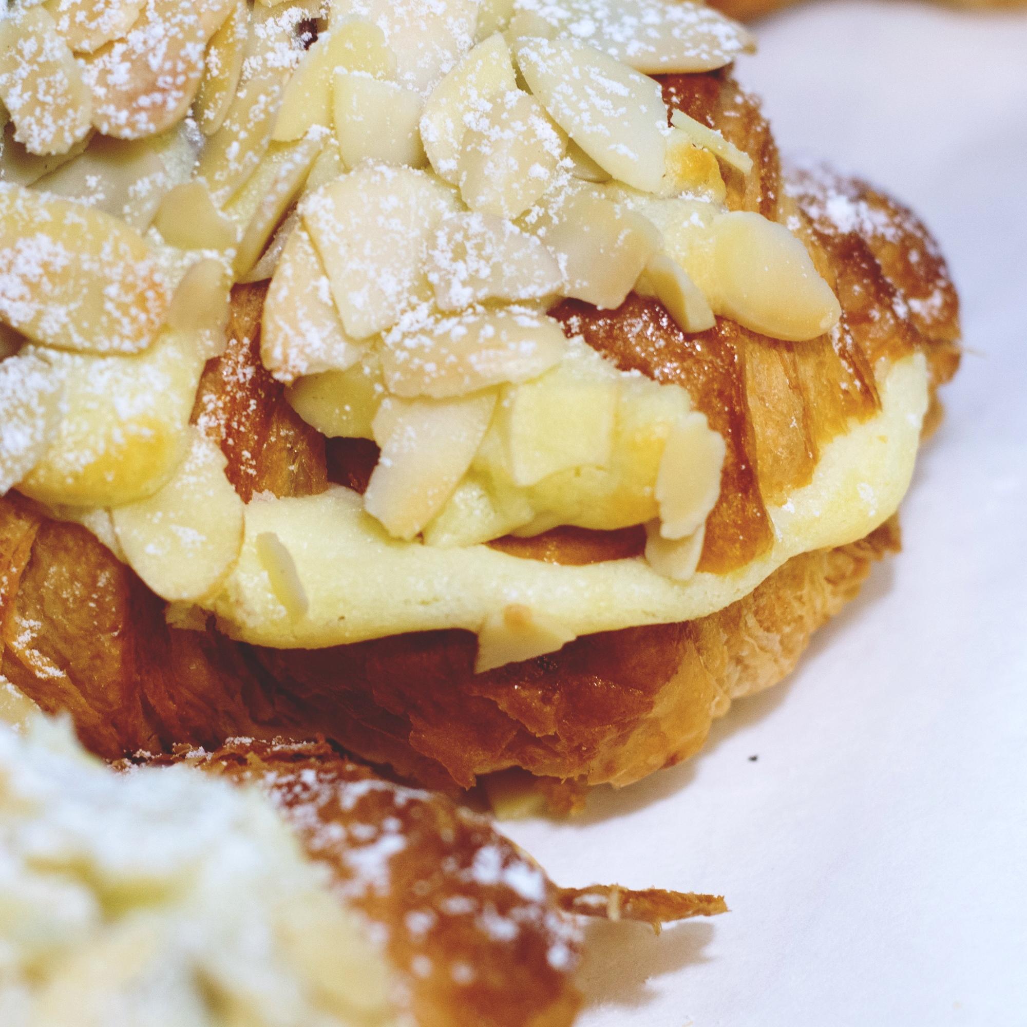 Croissant Cream Cheese