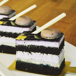 Blueberry Delight Cake
