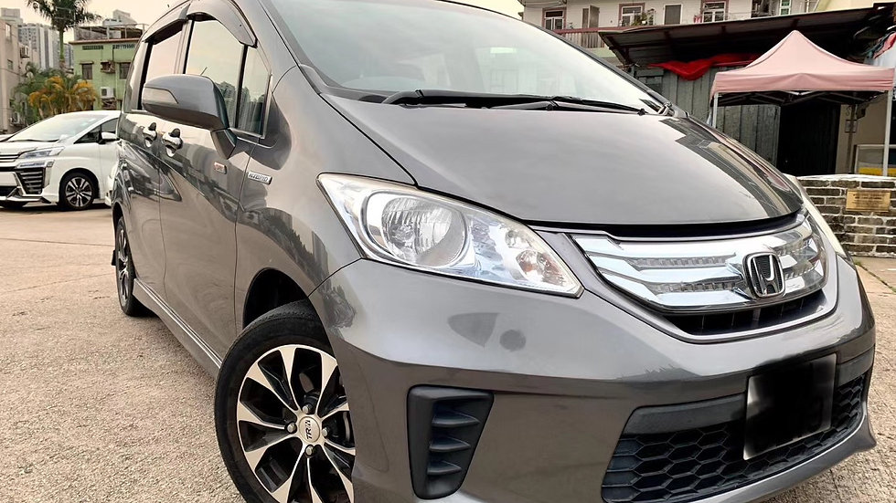 2012 Honda Freed Hybrid