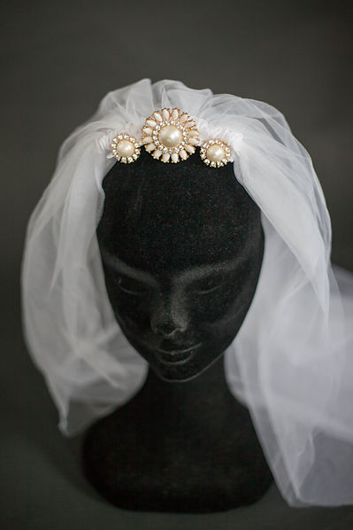 Headpiece designer based in Kerry, Ireland