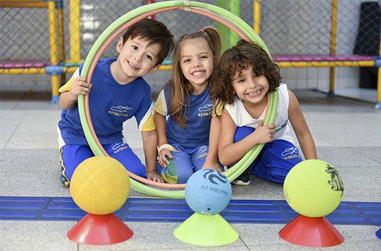 educacao-infantil-criancas-brincando-6.J