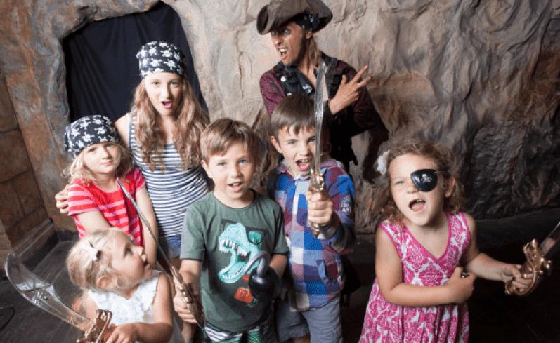 10 Dicas para Pais e Filhos se Divertirem nas Férias Sem Viajar