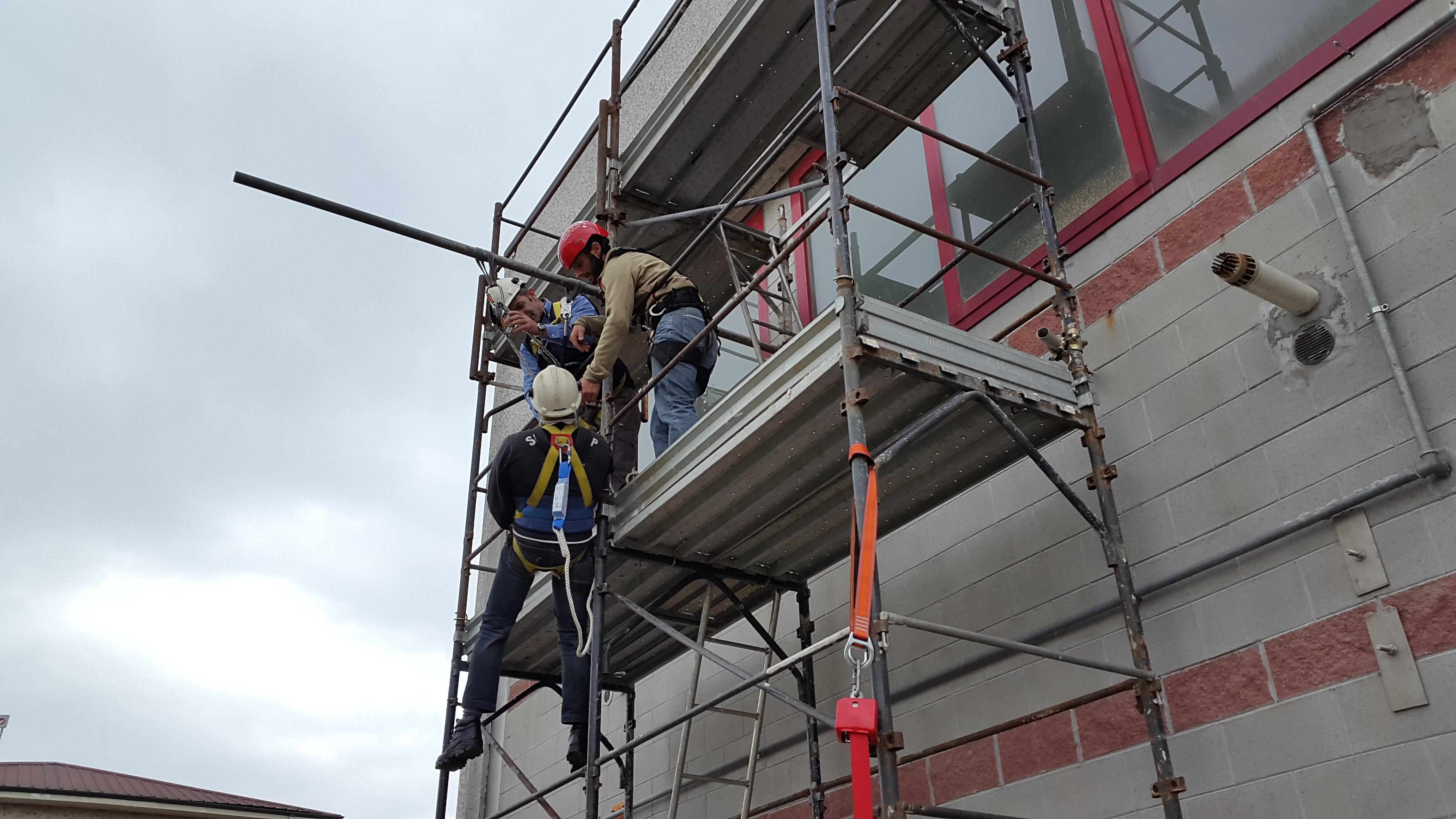 Corso lavori in altezza su tetti-3
