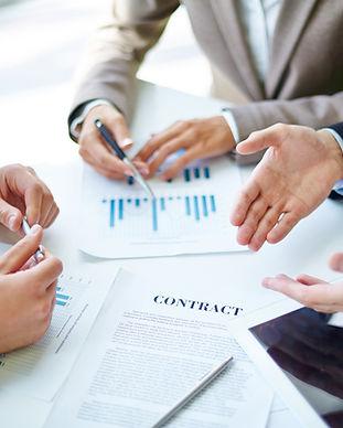 I partner di affari sul lavoro