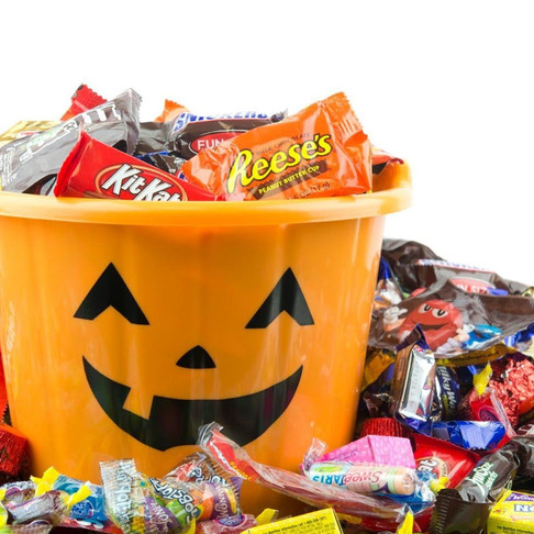 Can Halloween be Hallowasteless? Go Green this Halloween!