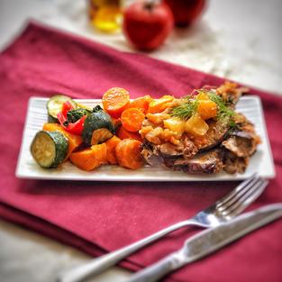 Glazed pork with apple relish