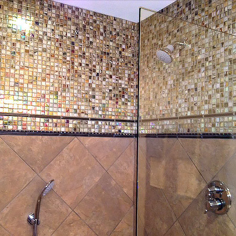 Transitional bath remodel tilework