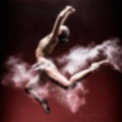 Photographe Professionnel Lille Sport Sportif Publicitaire danseuse domyos decathlon sport saut poudre
