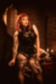 Photographe professionnel lille photographie roubaix studio pierre magne luxure boudoir sexe prostitution maison close rousse lingerie canapé prostitution prostituée 1920 1930