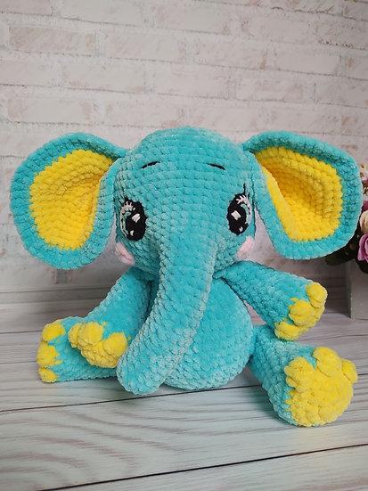 Tiny the elephant