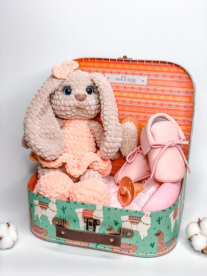 "Medium box ""Peachy plush bunny"""