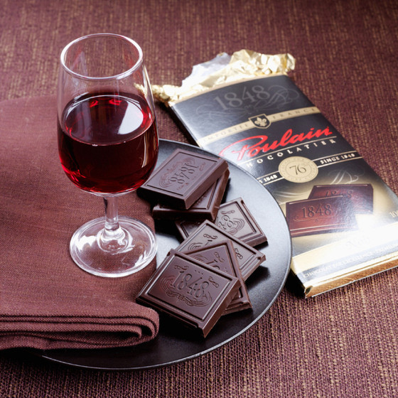 Chemical Found In Red Wine And Dark Chocolate Rejuvenates Cells, Studies Finds