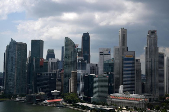 Singapore seen narrowly dodging recession in Q3, MAS to ease monetary policy: Poll
