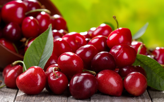 Gout and Cherries - How cherries have proven to lower uric acid for gout sufferers